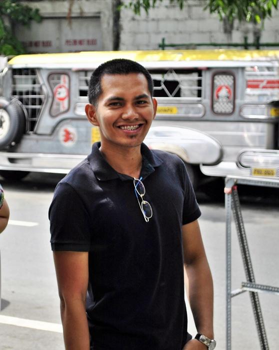 El Día E 2010 Filipinas, Julius Mariano